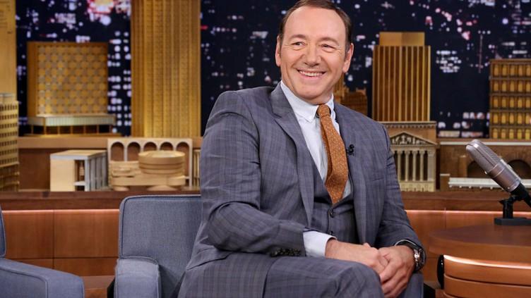 Kevin Spacey: eigene Talkshow oder Muppet Show?